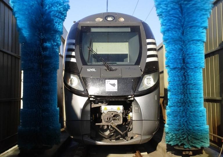 Train Wash-002