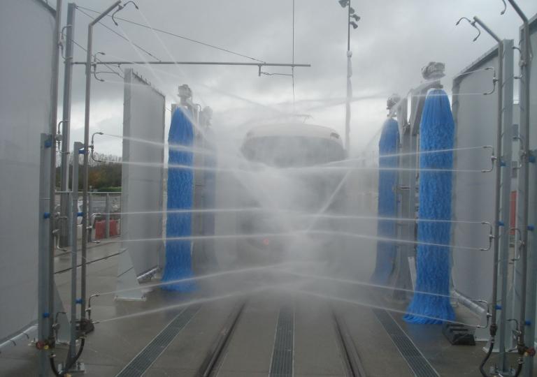 Train Wash-004
