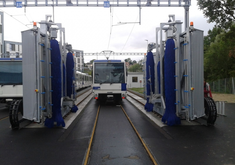 Train Wash-006